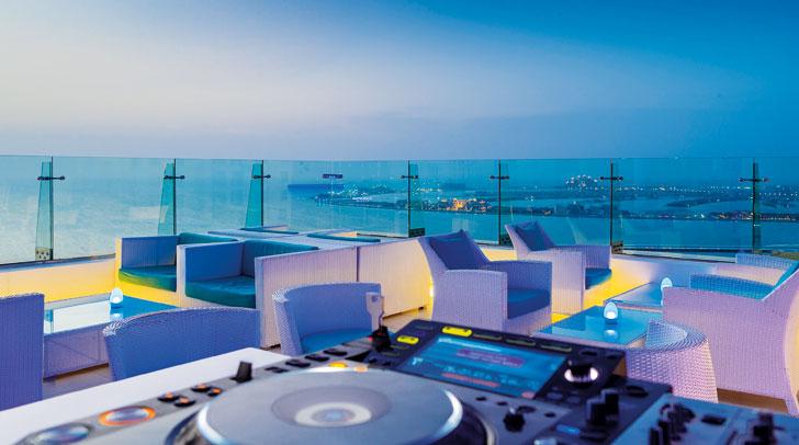 Rooftop bar Dubai